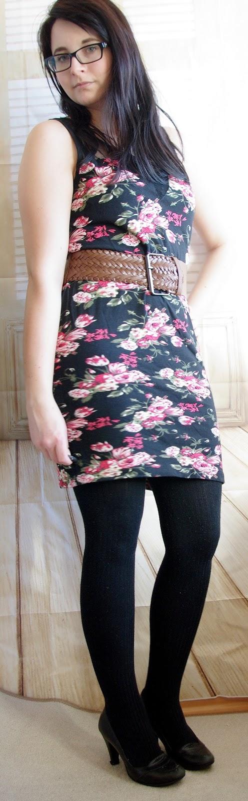 lucciola outfit bl mchen kleid mit strumpfhose und lederjacke winteroutfit. Black Bedroom Furniture Sets. Home Design Ideas