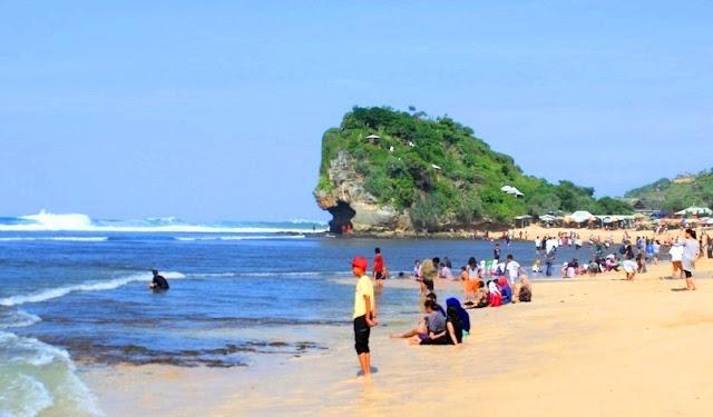 Wisata Pantai Indrayanti Gunungkidul Jogja