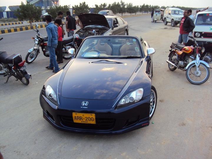 SPORTS CARS WALLPAPERS: Honda Sports Cars In Pakistan