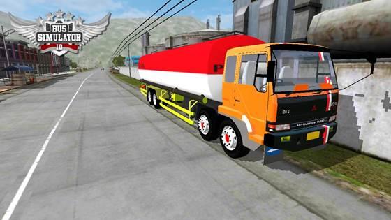 Mod Truck Tangki Mitsubishi Fuso Trinton