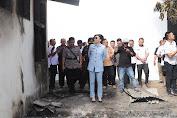 Intruksikan Bantuan, Bupati Tetty Paruntu Kunjungi kebakaran di SMP 4 dan SMA 1