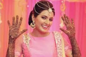 Bride-Geeta-Basra-mehendi