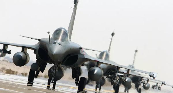 Avions cloués au sol, navires à quai: malgré des crédits en hausse, l'armée française démunie