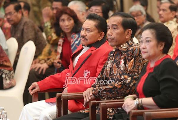 Menurut Prof Salim Said, Jokowi Orang Baik, tetapi Siapa yang Sebenarnya Berkuasa?