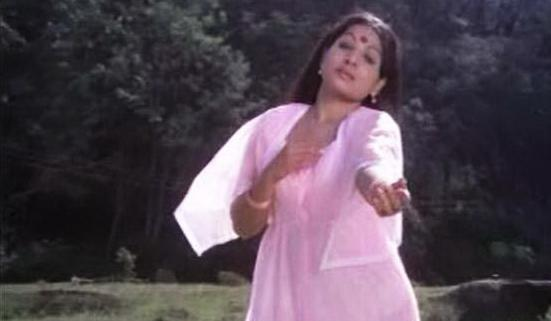 All World Wallpapers: Jayabharathi Aunty Romantic Pics