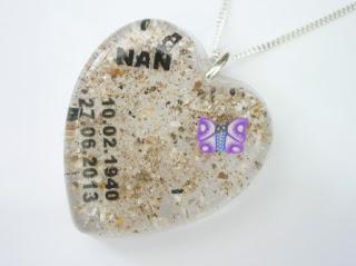 Personalised memorial jewellery
