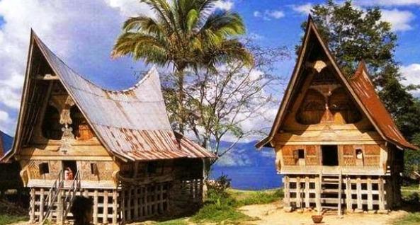 Rumah Bolon Rumah Adat Batak Tobatimes