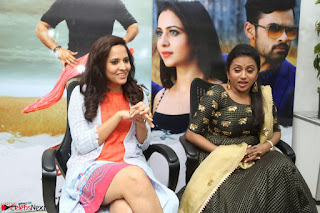 Actress Suma in Black Salwar Suit and Anusuya in orange Dress at winner movie press meet part 2 February 2017 (2).JPG