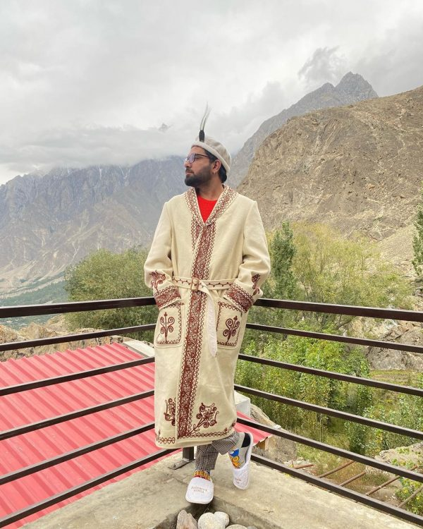 Yasir Hussain and Iqra Aziz Gorgeous Pictures from Northern Areas