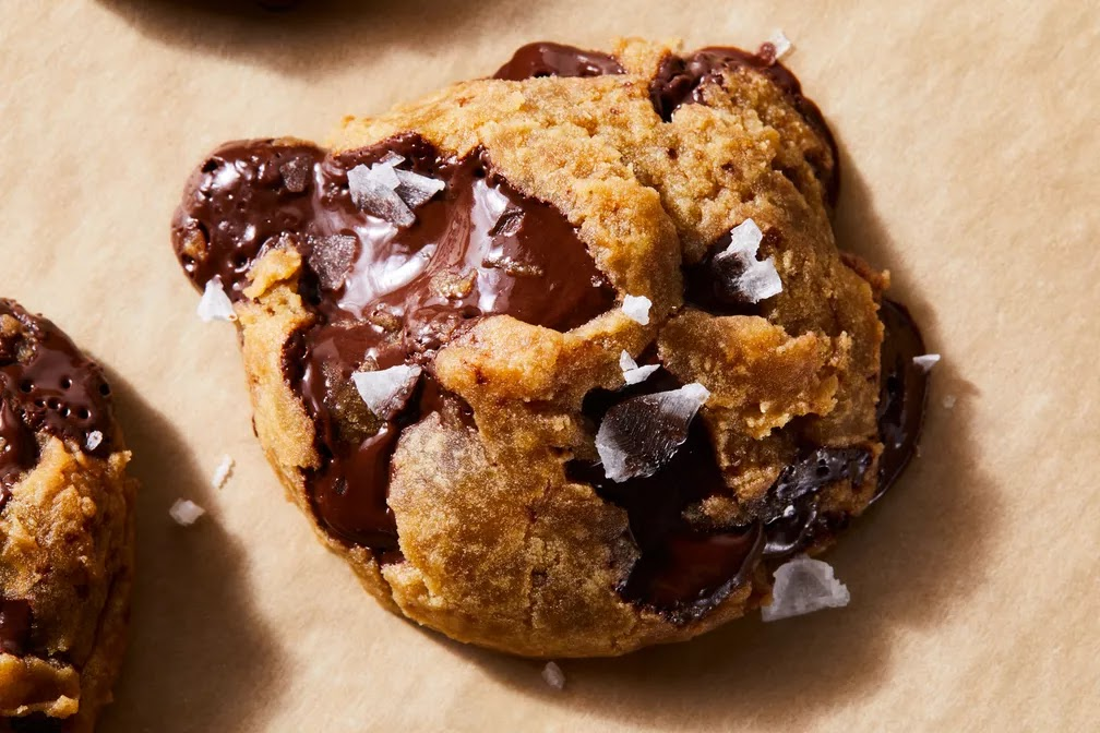 Vegan Chocolate Chip Cookies With Maple & Olive Oil