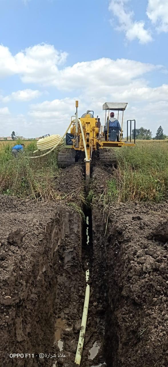 احلال وتجديد شبكة الصرف المغطى بايتاى البارود وتطهير الترع بالمحافظة