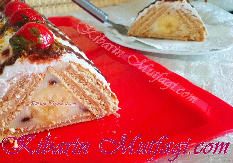 Bisküvili Muzlu Piramit Pasta Tarifi