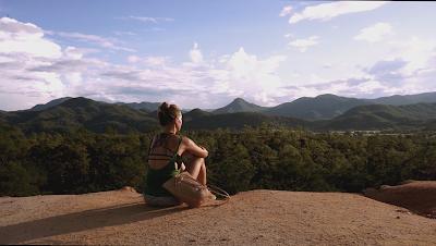 Aline Frey na Tailândia - Divulgação