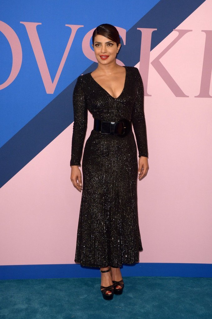 Beautiful Indian Girl Priyanka Chopra Photo Shoot At CFDA Awards 2017