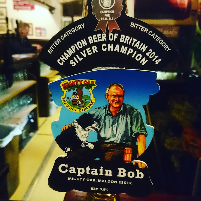 Essex Craft Beer Review: Captain Bob from Mighty Oak real ale pump clip