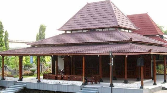 Rumah Joglo Panggang Pe