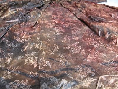 17th cent. silk gown found in Dutch shipwreck