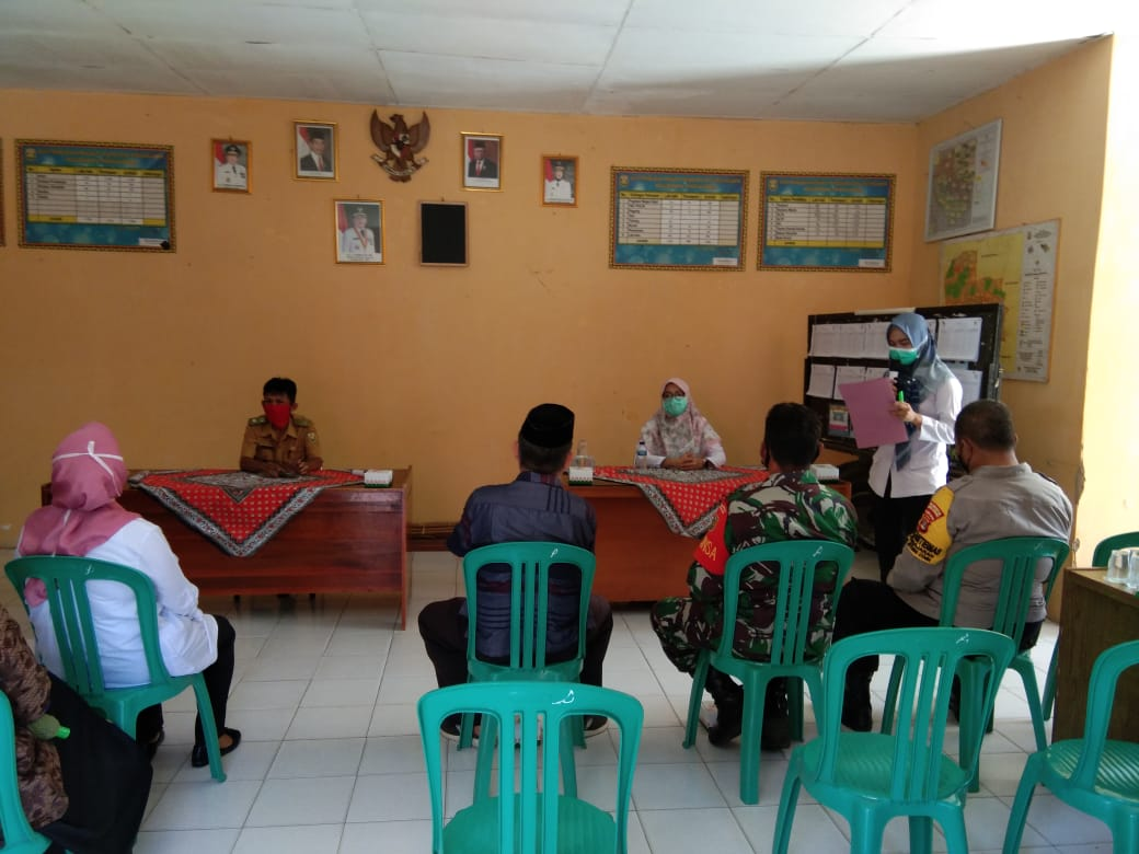 Babinsa Koramil 410-03/TBU Pelda Sudarsono hadiri kegiatan sosialisasi Sanitasi Total Berbasis Masyarakat  (STBM)