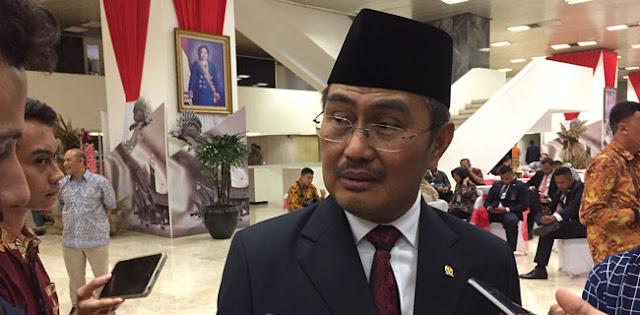 Pasal Penghinaan Jadi Delik Aduan, Mantan Ketua MK: Pejabat Jangan Cuma Mau Nikmatnya Saja!
