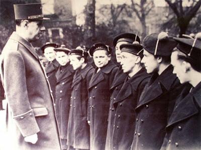 De Gaulle et les marins de Sein