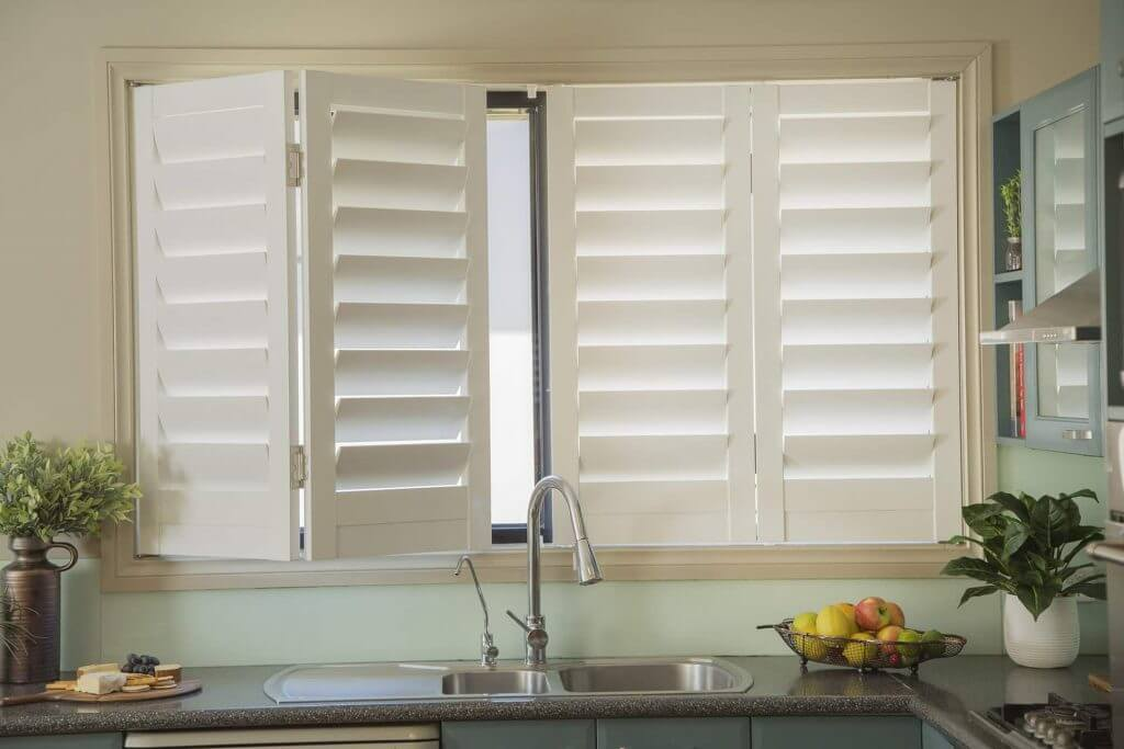 cleaning shutters dos and don'ts