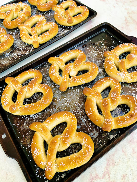 Auntie Anne's pretzels baked at home