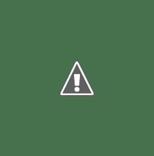 Dibujo de dos personas con diversidad funcional jugando al futbol