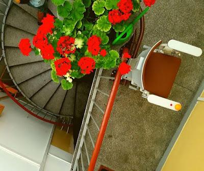 winda krzesełkowa do bloku - realizacja w Warszawie