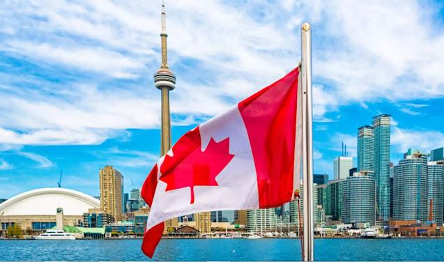 6 منح دراسية كاملة في مختلف الجامعات في كندا للطلاب الدوليين عدة امتيازات رائعة