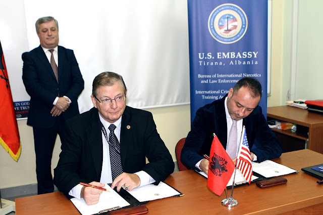 US donates to Albania 5 lie detector devices by helping the National Bureau of Investigation