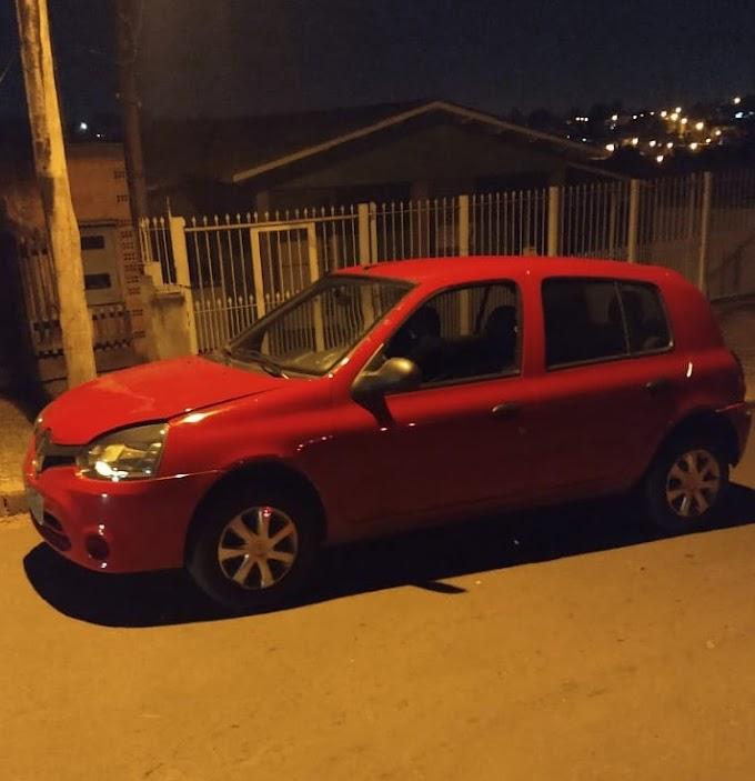 Mulher é presa com carro roubado no bairro Vista Alegre em Cachoeirinha