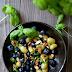 Salade van Geroosterde Druiven en Blauwe Bessen