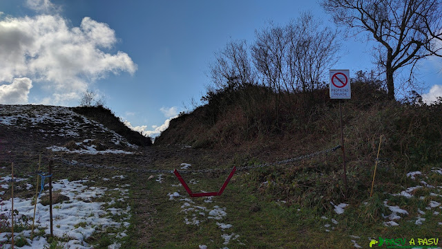 Prohibición de paso a la cima del Pico la Grandota