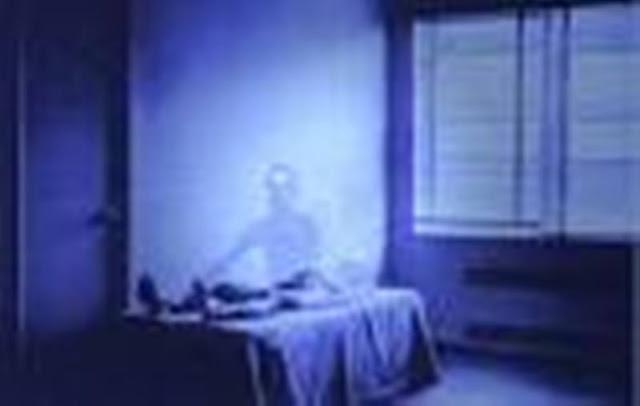 Apakah Roh Orang Meninggal Bisa Saling Bertemu dengan Sesamanya Maupun dengan Manusia yang Masih Hidup?