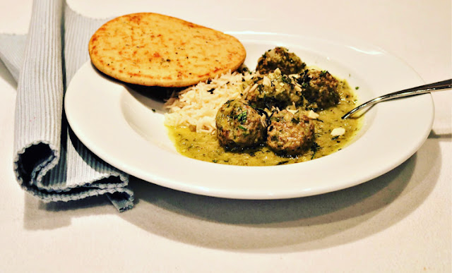 Indian Meatballs with Green Curry Sauce