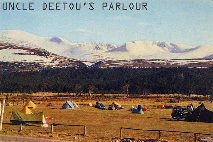 Uncle Deetou's Parlour