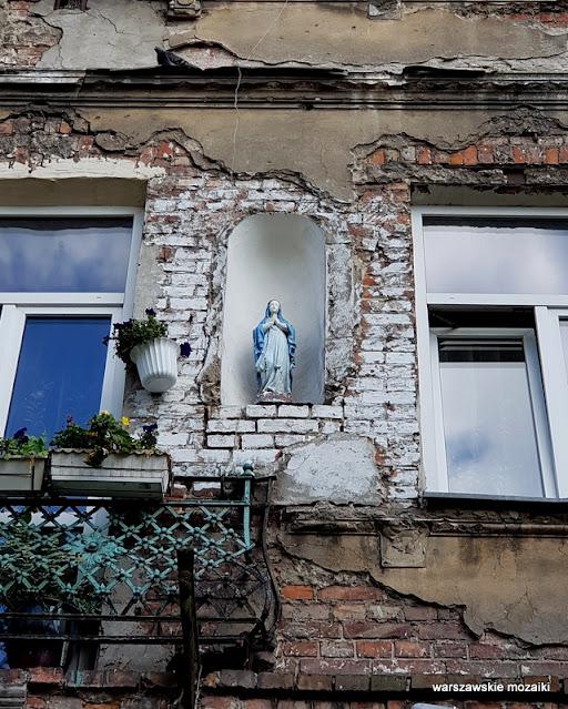Warszawa Warsaw warszawskie kapliczki przydrożne  Praga Północ praskie klimaty