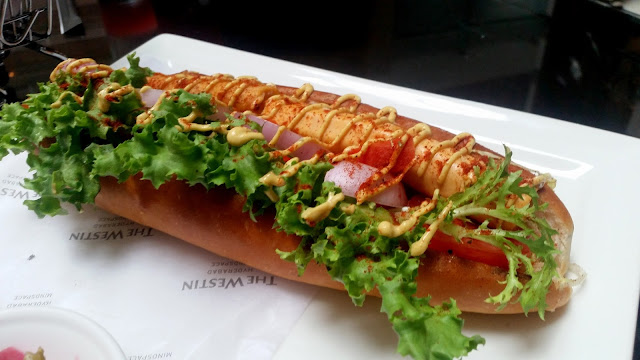 Foot Long Style Hot Dog