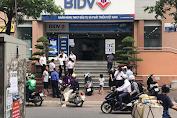 Hai tên cướp đeo khẩu trang, nổ súng cướp gần hai trăm triệu đồng tại Chi nhánh Ngân hàng BIDV