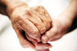 Hidup Tanpa Sosok Ayah Itu Rasanya Bagai Anak Yang Setiap Hari Patah Hati
