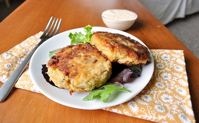 Can You Reheat Crab Cakes In The Microwave