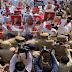 INA NEWS HATHRAS : हाथरस में सपा कार्यकर्ताओं पर लाठीचार्ज