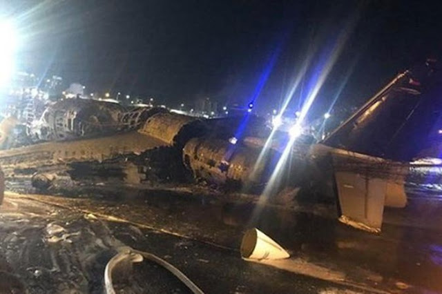 Máy bay chở nhân viên y tế lao khỏi đường băng, không ai sống sót
