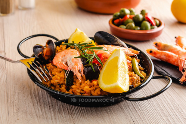 Paella dish with sea fruits
