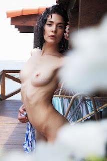 young girls - callista_b_24_05899_11.jpg