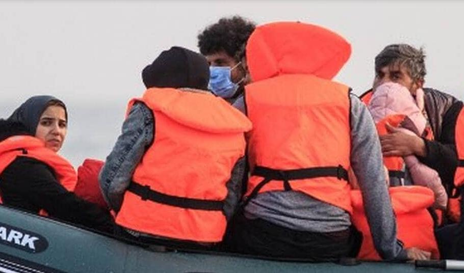 Douze personnes suspectées de trafic de migrants arrêtées en Europe