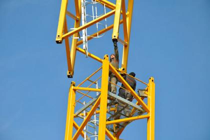 Tips Memilih Perusahaan Sewa Tower Crane