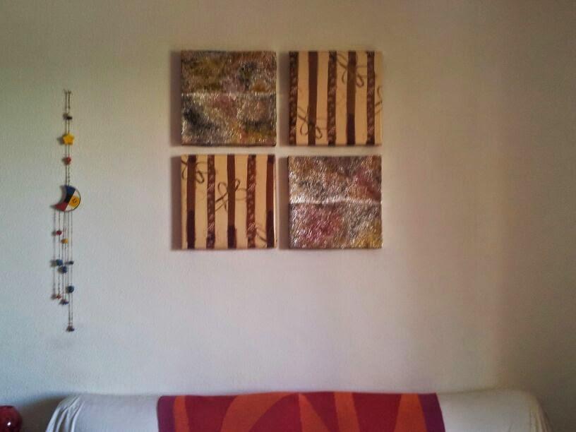 Cuadros decorativos colocados en la pared