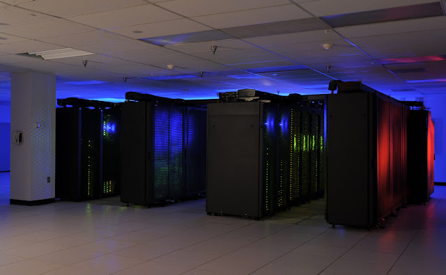 China Builds World's Fastest Supercomputer