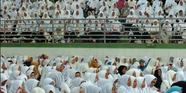 Ribuan Kiai dan Santri di Solo Raya Deklarasi Pemenangan Jokowi-Ma'ruf
